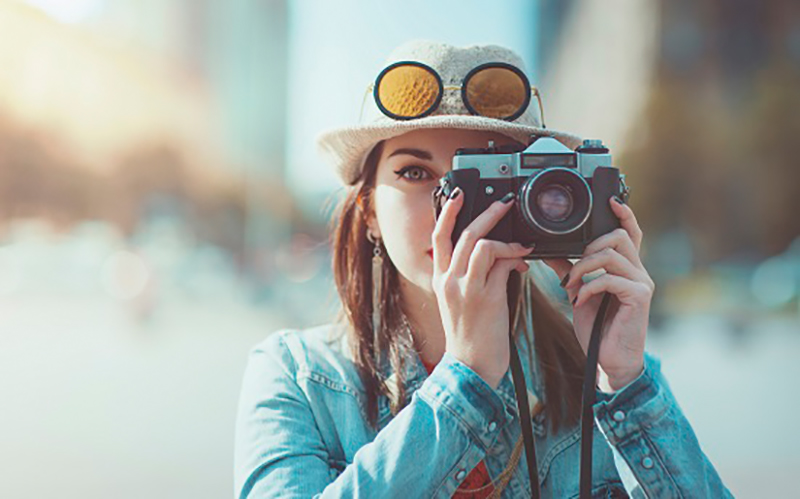 Hipster-with-camera